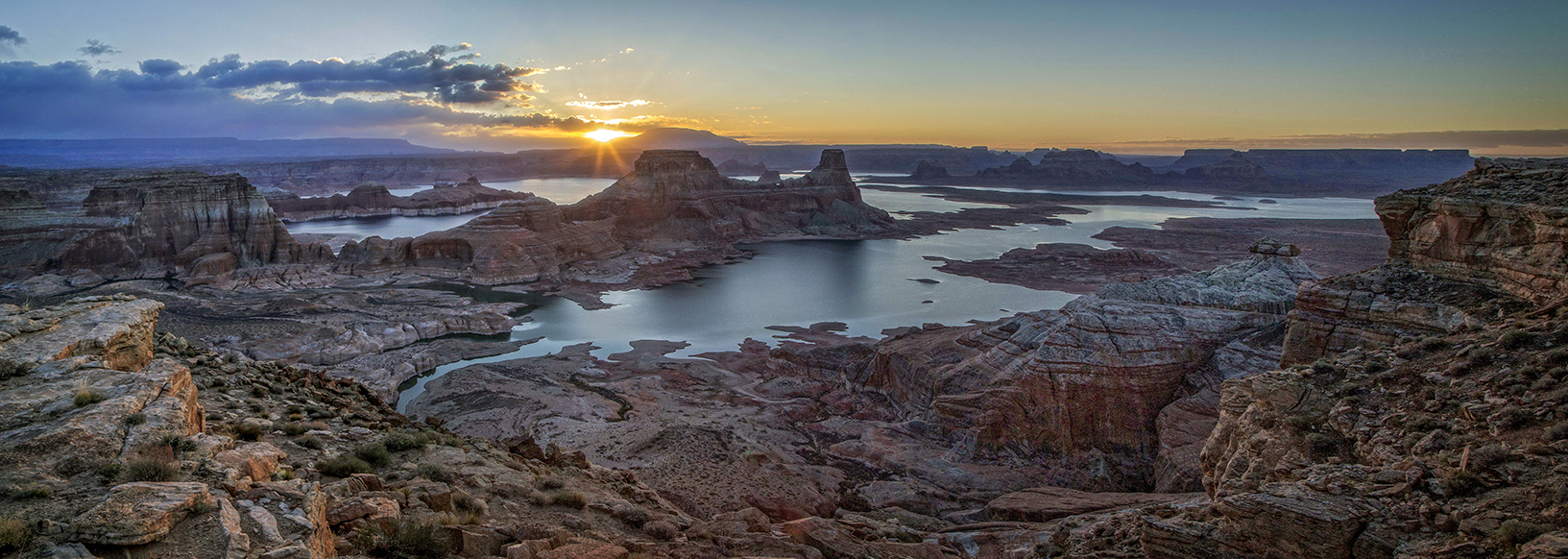 Alstrom Sunrise Pano PEPSi.jpg